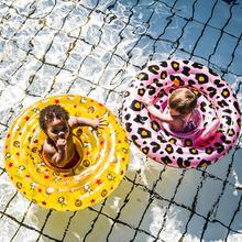 zwemband sfeer panter circus